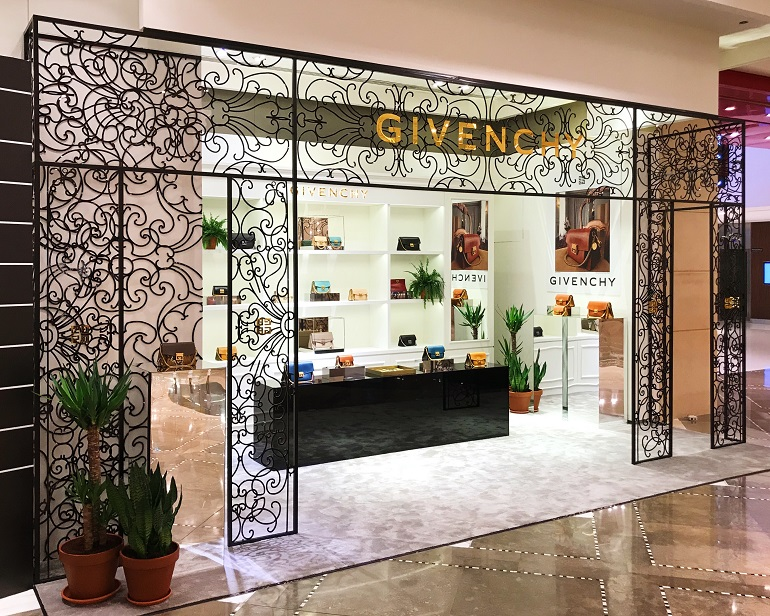 Givenchy | Fashion | 700-18, HDD Interiors, Givenchy, Shop-In-Shops, Galeries Lafayette | The Dubai Mall | Dubai