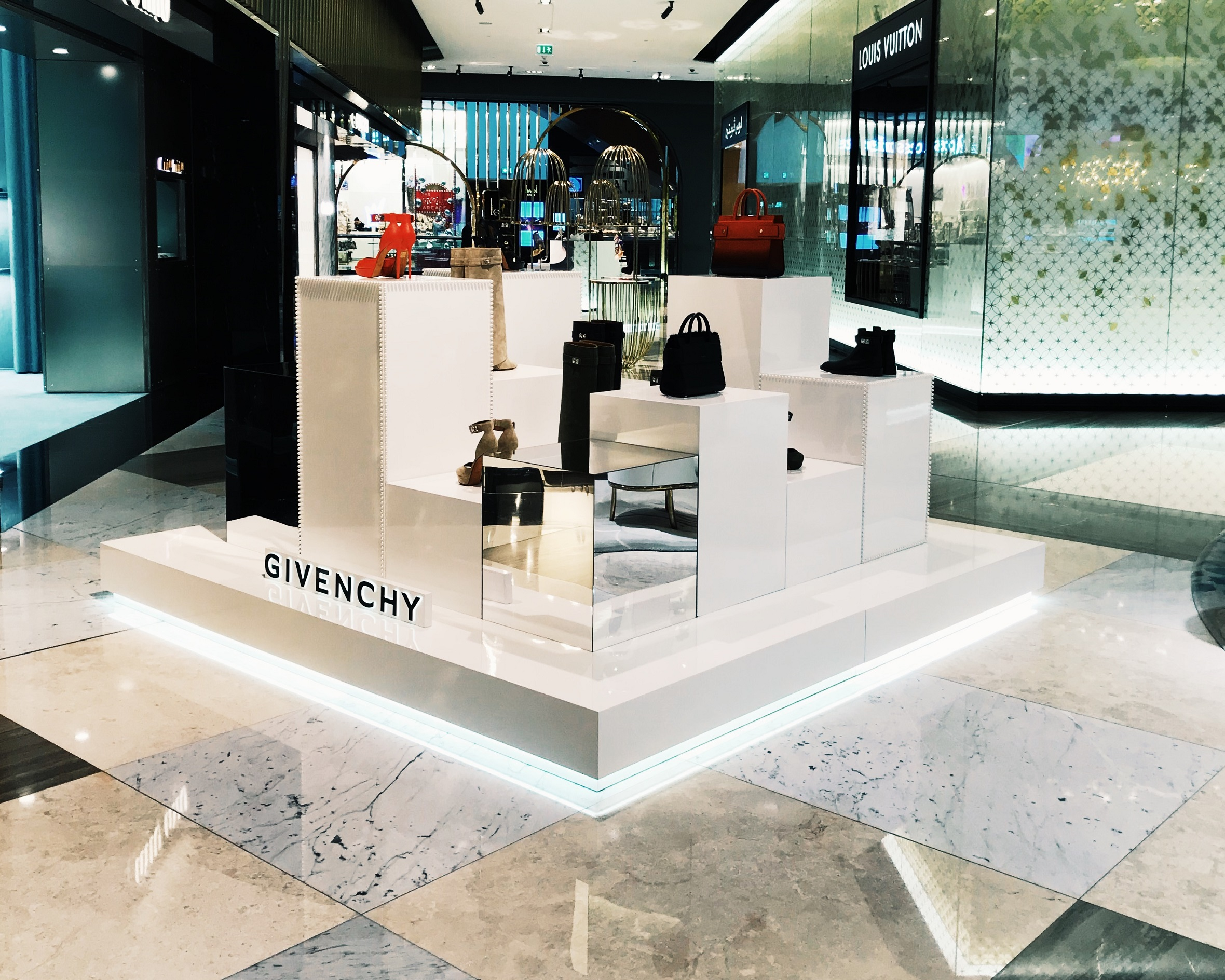 Givenchy | Fashion | 638-17, Givenchy, Givenchy, Pop-Up Stores, Level Shoes | The Dubai Mall | Dubai